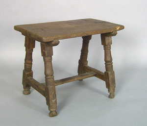 William & Mary pine joint stool, early 18th c., wi