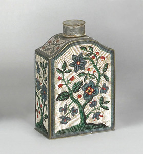 Brass tea caddy, ca. 1800, with applied beaded flo