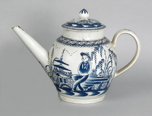 Large Staffordshire pearlware punch pot, early 19t