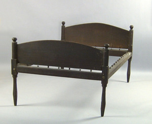 Pennsylvania walnut rope bed, late 18th c., with b
