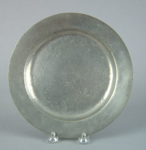 Philadelphia pewter plate, mid 18th c., bearing th