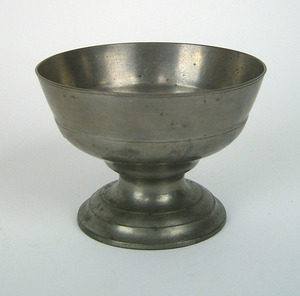 American pewter footed bowl, probably Philadelphia