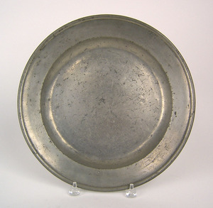 Philadelphia pewter charger, with the touch of Tho