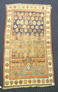 Caucasian prayer rug, ca. 1910, 4'8