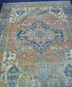 Roomsize Serapi rug, ca. 1910, 16' x 11'6