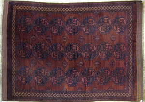 Turkoman roomsize rug, ca. 1920, with repeating me