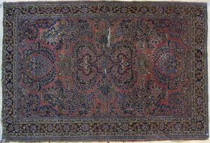 Sarouk throw rug, ca. 1920, 5' x 3'4