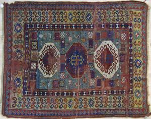 Kazak throw rug, ca. 1900, 6'9