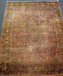 Roomsize Sarouk rug, ca. 1920, 11'8