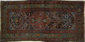 Hamadan throw rug, ca. 1920, 7' x 3'5