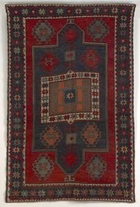 Kazak throw rug, ca. 1900, with central medallionn