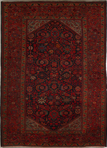 Roomsize Malayer, ca. 1920, with overall floral pa