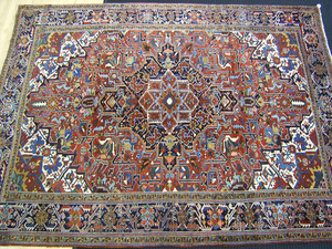 Roomsize Heriz rug, ca. 1940, with central medalli