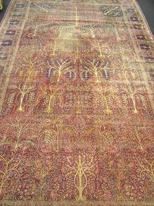 Roomsize rug with garden design, 24'7