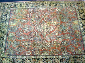 Roomsize Sarouk rug, ca. 1930, with overall floral