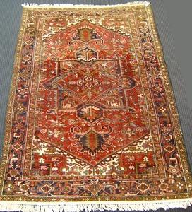 Roomsize Heriz rug, ca. 1950, 10'3