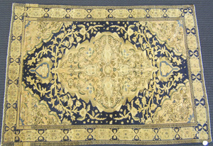 Sarouk malayer throw rug, ca. 1915, with central m