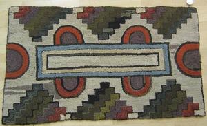 Folk art hooked rug, ca. 1900, 4'7
