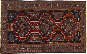 Shirvan throw rug, ca. 1910, with 3 medallions on