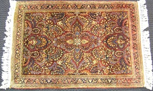 Sarouk mat, ca. 1920, with overall floral patternn