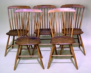 Set of 5 New England stepdown windsor chairs, earl