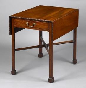 George III mahogany pembroke table, ca. 1775, thee