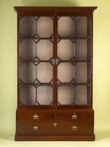 George III mahogany bookcase, ca. 1780, in 2 parts