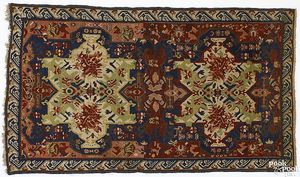 Sechour throw rug, ca. 1900, with 2 central lime a