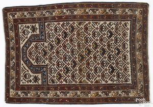 Daghestan prayer rug, ca. 1910, 5'10
