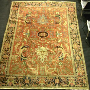 Semi-antique Heriz room-size rug, ca. 1950, with a