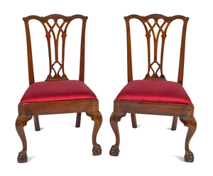 Pair of Philadelphia Chippendale mahogany dining c