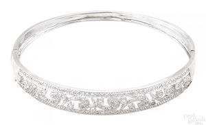 14K white gold and diamond bangle bracelet