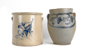 Two blue decorated stoneware crocks, 19th c., 14 1