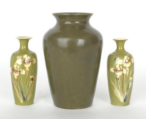 Zark pottery vase, 6 1/4