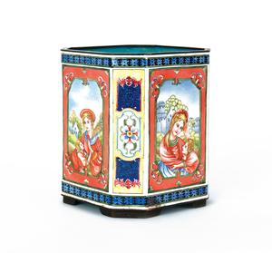 Chinese enamel portrait vase