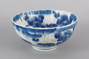 Imari blue and white bowl, late 19th c., 4 3/4
