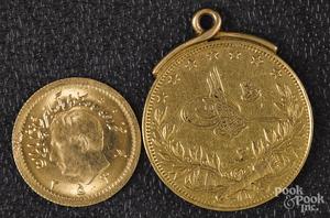 Iran 1/4 Pahlavi gold coin