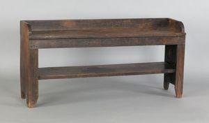 Pennsylvania walnut bucket bench, early 19th c., 2