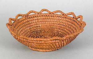 Pennsylvania rye straw basket, 19th c, with a sawt