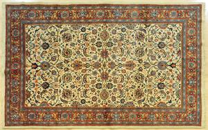 Sarouk carpet, 9' 10