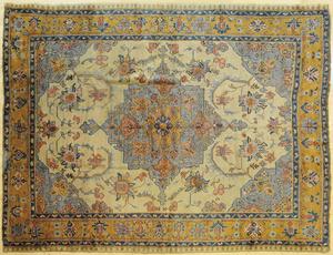 Oushak carpet, 11' 2