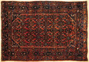 Hamadan carpet, ca. 1940, 6' 9
