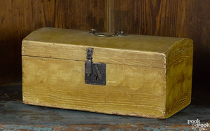New England painted pine dome lid box, 19th c.