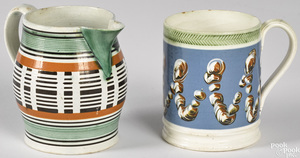 Small mocha mug with earthworm decoration