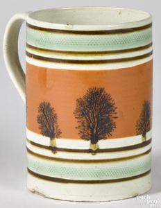 Mocha mug with double green bands