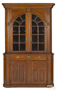 Maryland Chippendale architectural cupboard