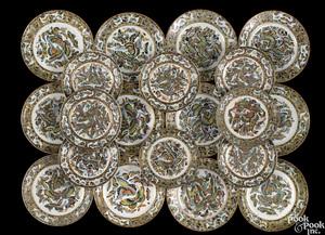 Twelve Chinese export porcelain plates