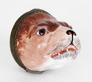 English enamel hound-head snuff box, 19th c., with