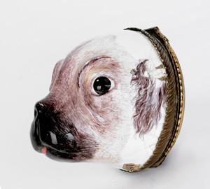 Battersea pug-head snuff box, 19th c., with polish