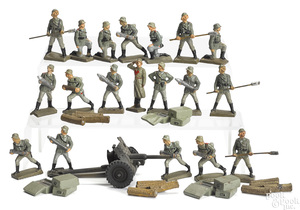Lineol painted composition artillery soldiers